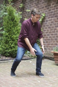 Craig Barnes doing Dragon and Tiger Qigong